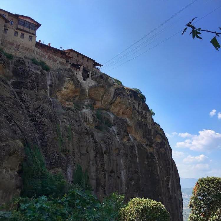 Вид на Главный монастырь Метеор, Греция