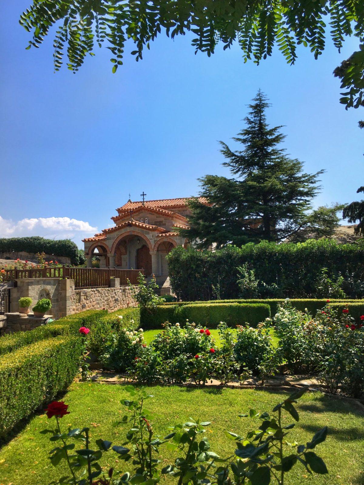 Территория монастыря святого Стефана, Греция