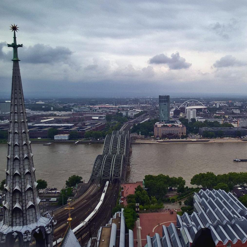 Кёльнский собор вид сверху