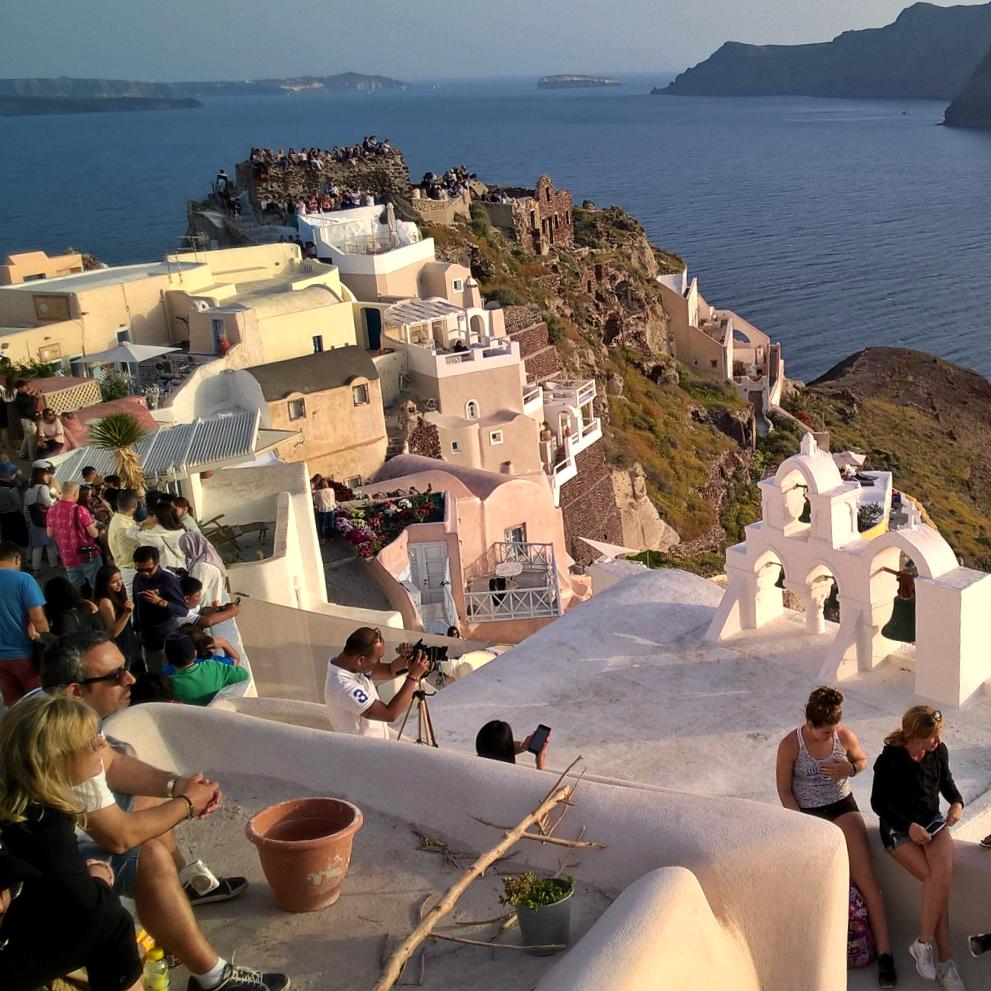 Санторини туристы