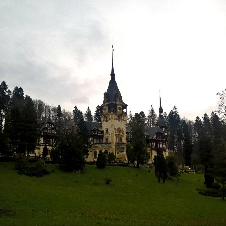 Замок Пелеш или место, ломающее все стереотипы о Румынии
