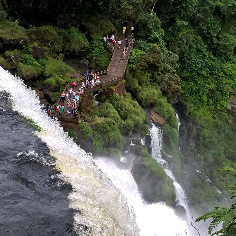Водопад Игуасу – аргентинская сторона