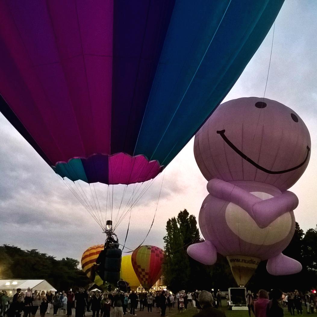 Канберра фестиваль шаров