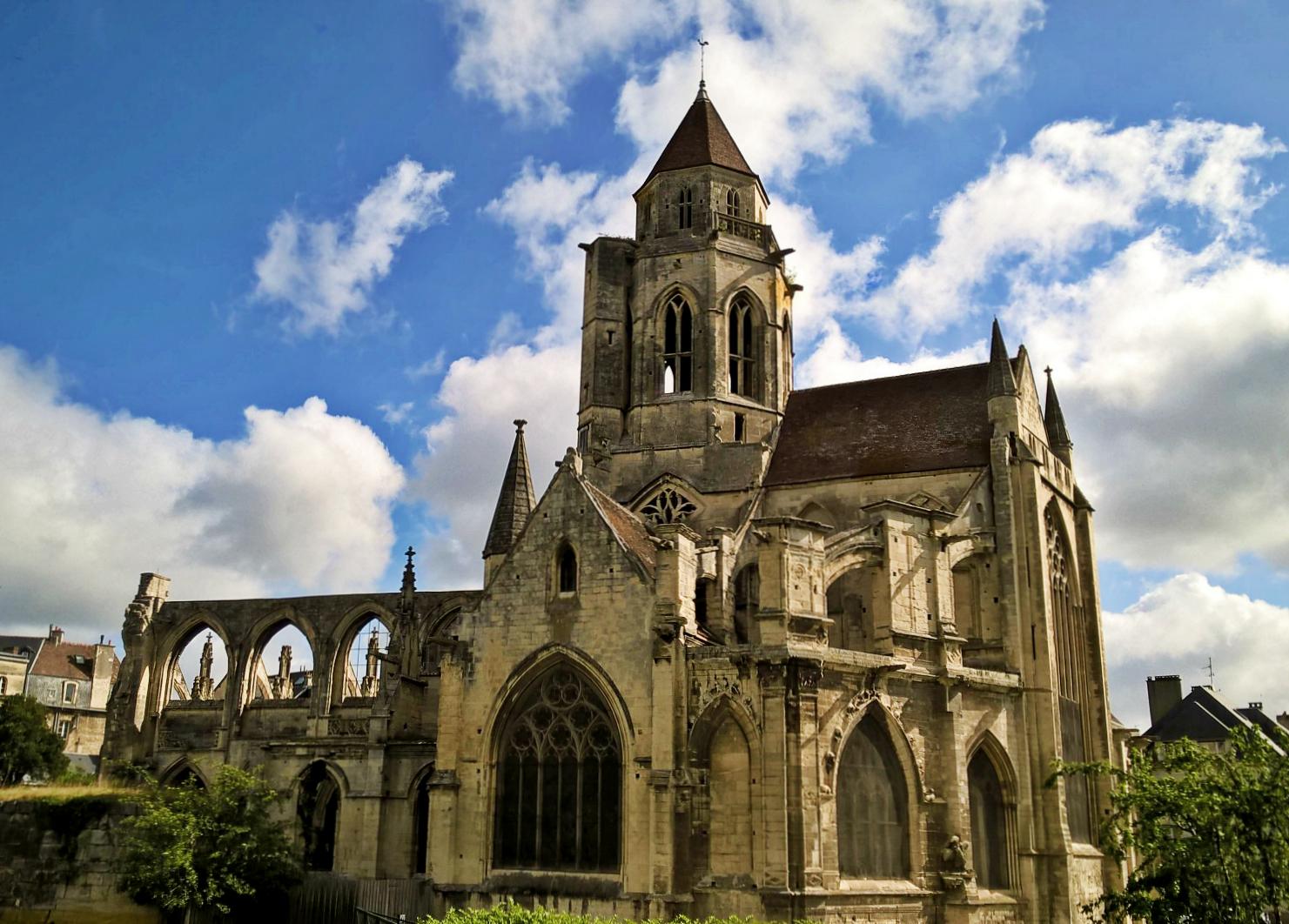 Кан, Нормандия