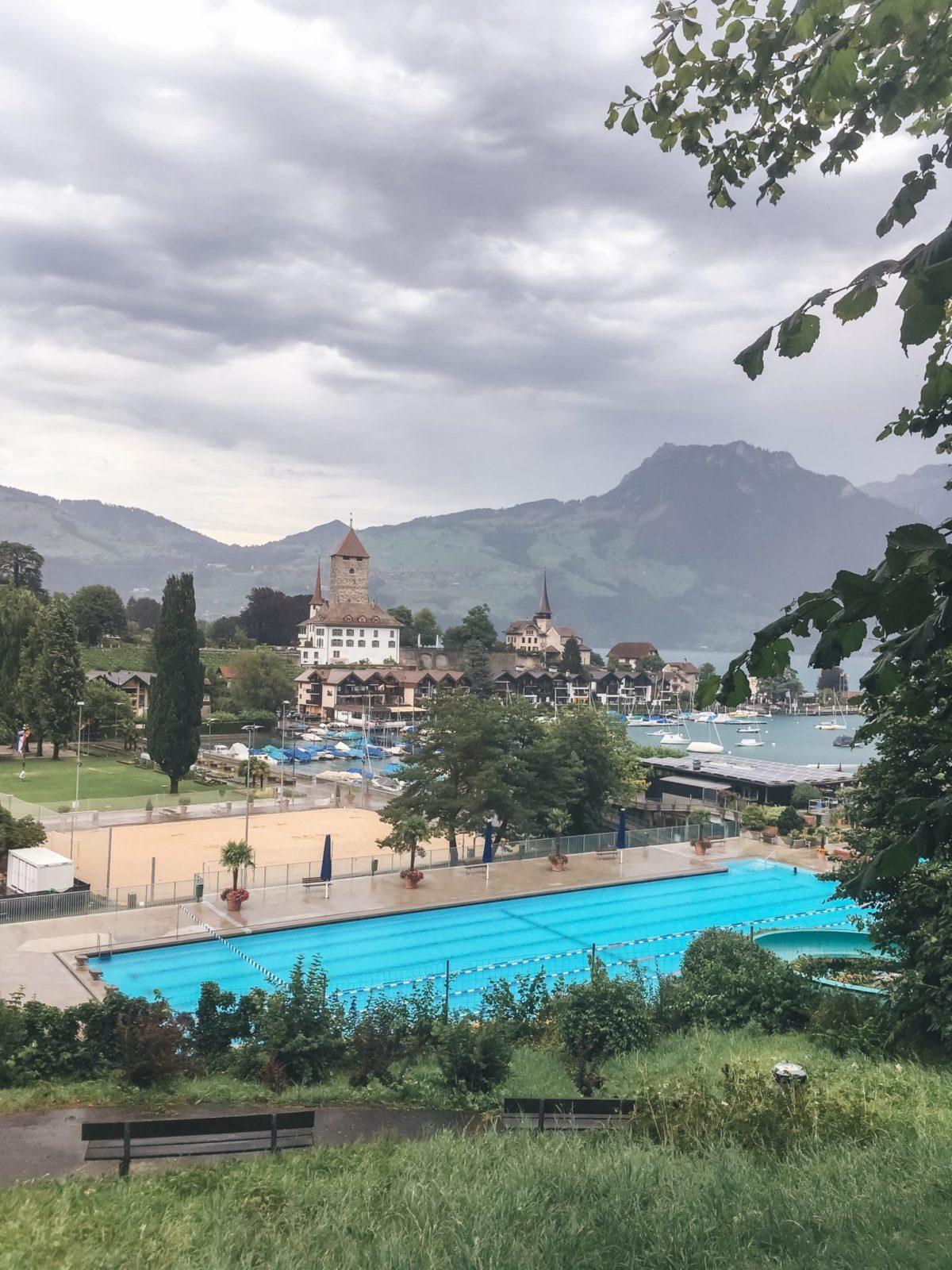 Озеро Тунн в непогоду, Швейцария