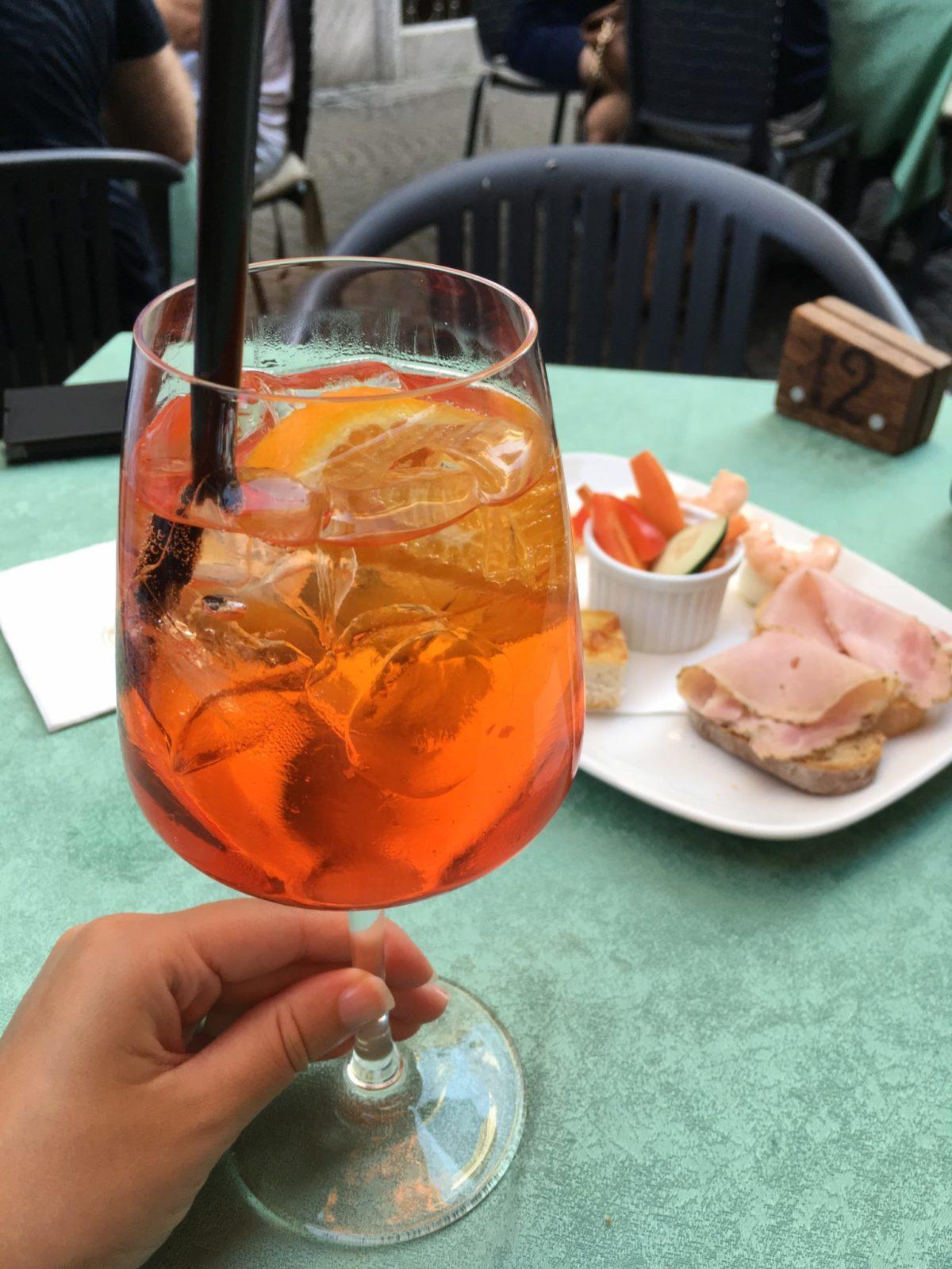 Аперитив в Италии