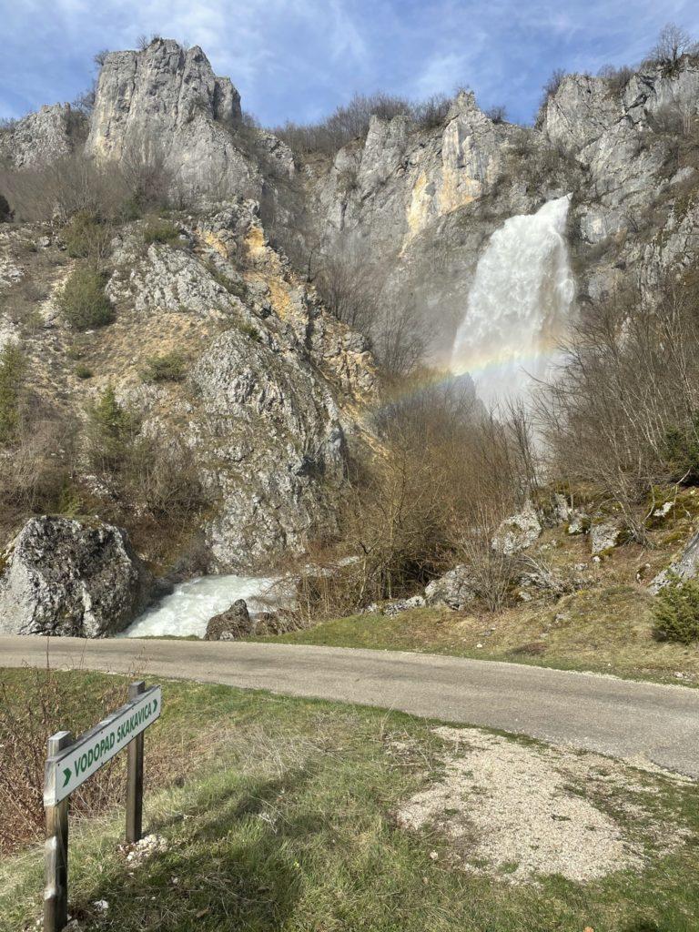 Водопад Скакавица - топ мест в Черногории