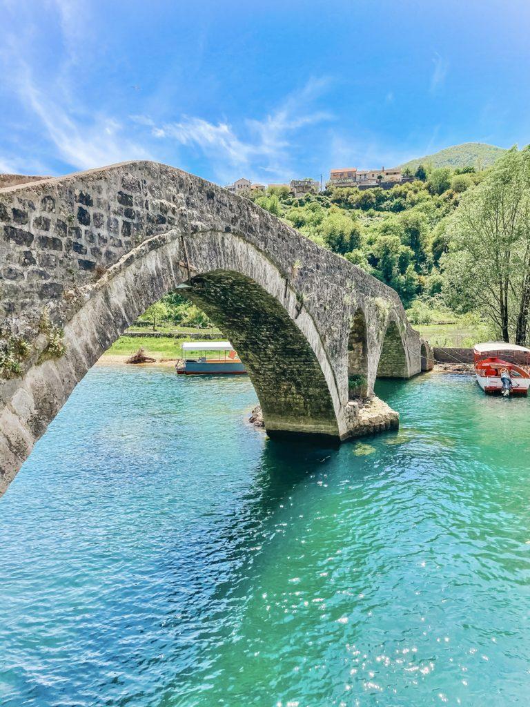 Мосты в Реке Црноевича - топ мест в Черногории